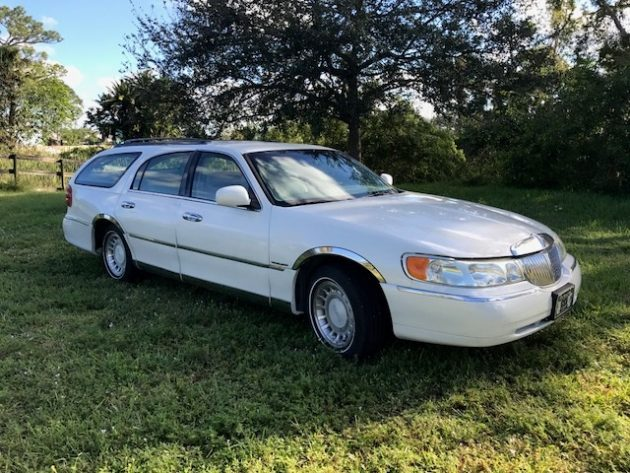 Frankenwagon: 2000 Lincoln Town Car Wagon