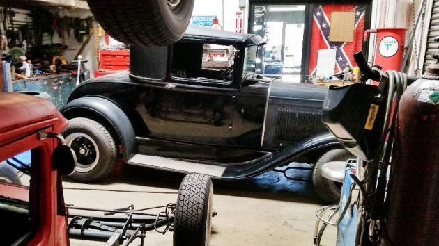 Long Time Hot Rod: 1931 Ford Model A