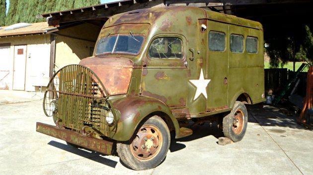 War Time Shorty: 1941 GMC Radio Truck