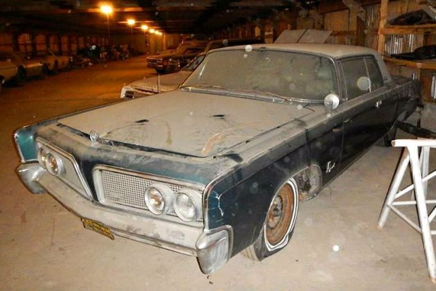 Cheap Dusty Two Door: 1964 Chrysler Imperial