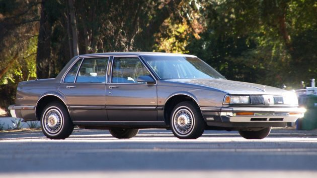 Like New 1989 Oldsmobile Eighty-Eight!