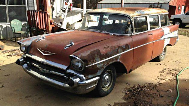Stick Shift 9 Seater: 1957 Chevrolet 210 Wagon