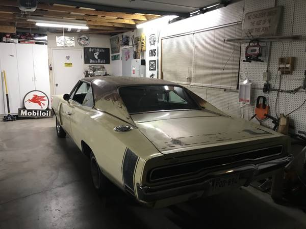 Honest Survivor: 1970 Dodge Charger R/T