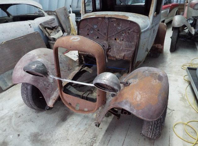 Rough And Ready: 1932 Ford 5-Window Coupe