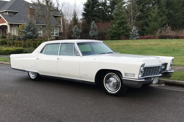 Long and ly: 1967 Cadillac Fleetwood Brougham