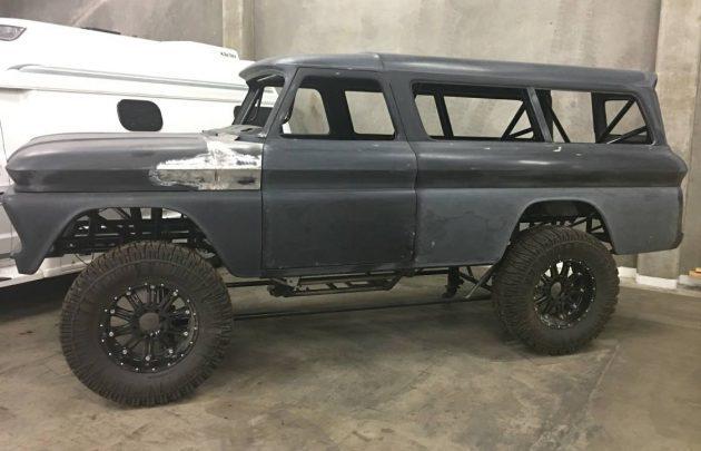 Stalled SEMA Suburban: 1966 Chevrolet 4×4