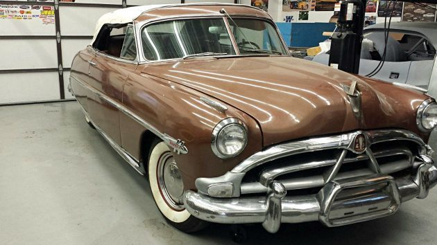 Uncommon Drop Top: 1952 Hudson Hornet