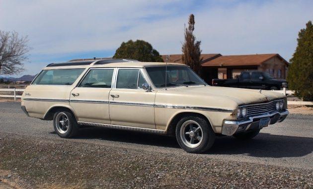 Vista Cruiser Cousin: 1965 Buick Sport Wagon