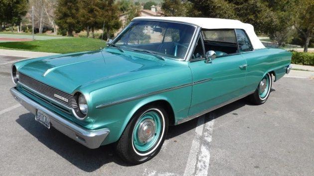Summer Cruiser: 1964 Rambler American 440 Convertible
