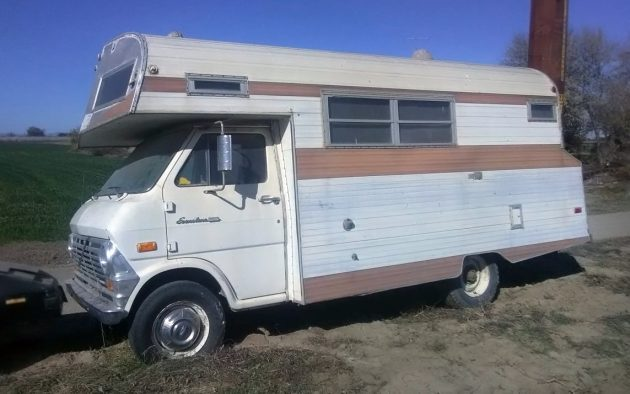 $1,900 Motorhome: 1969 Travel Queen
