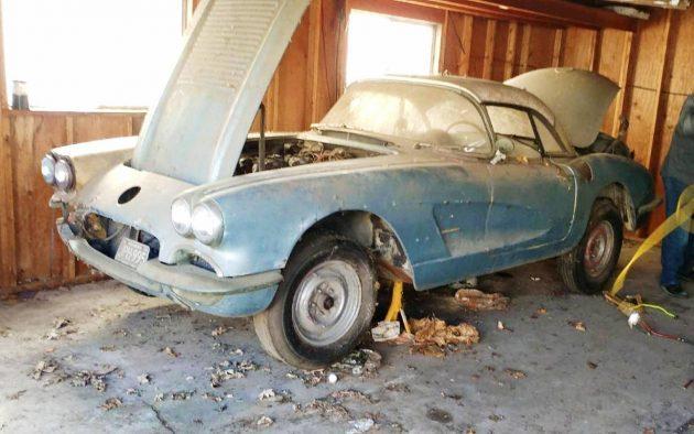 Dual Quads And Dust: 1958 Chevrolet Corvette