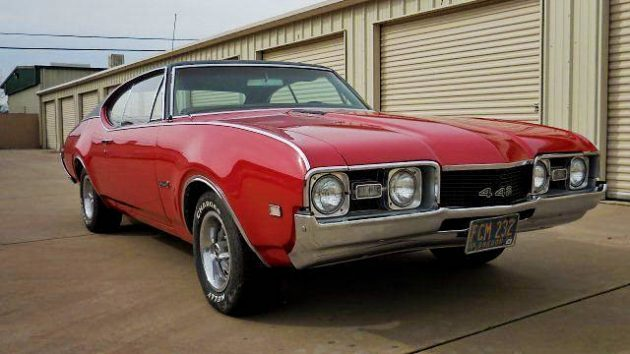 Hot Red Muscle: 1968 Oldsmobile 442