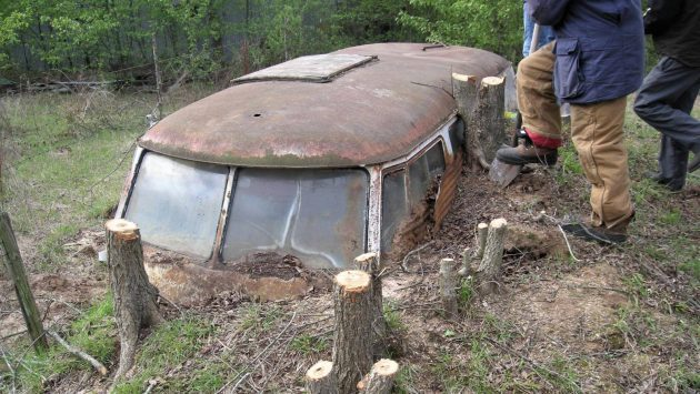 Former Storm Shelter: 1960 VW Bus Unearthed!
