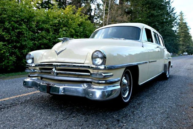 Hemi Wagon: 53 Chrysler New Yorker Town & Country