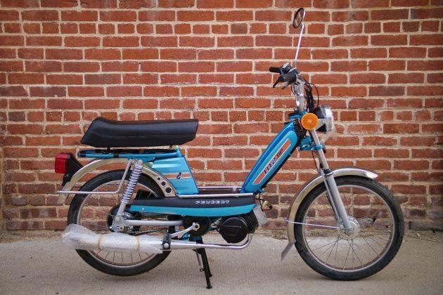 Brand New! 1980 Peugeot 102 SP Moped (eBay)