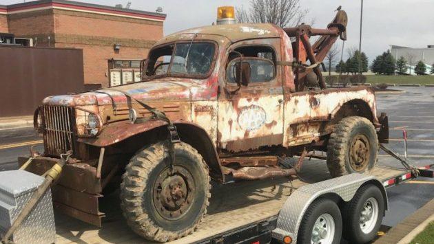 Roadside istance: 1942 Dodge Power Wagon