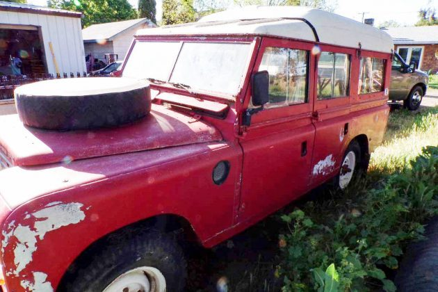 Dormobile Camper: 1969 Land Rover Series IIA