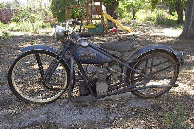 Swap Meet Cruiser: 1954 Simplex Servi-Cycle