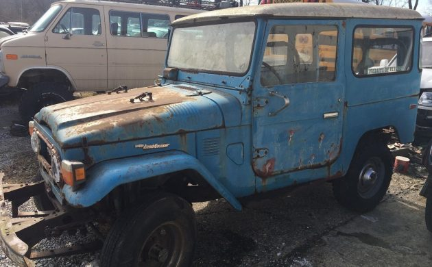 Solid Frame: 1976 Toyota Land Cruiser