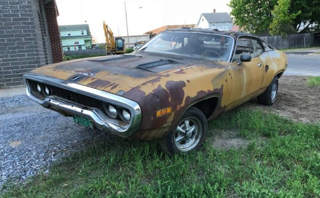Neglected Mopar: 1971 Plymouth Road Runner