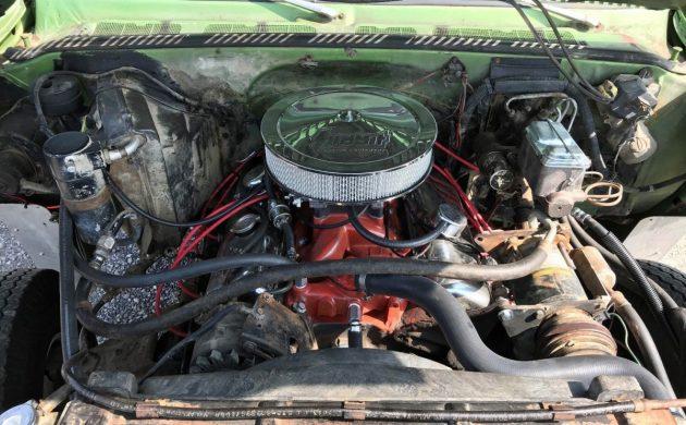 Retro Camper Cool: 1975 Chevrolet C30 Camper