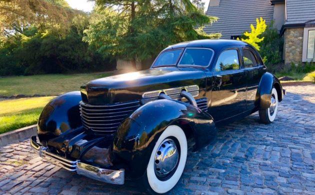 Feeling Cordial: 1937 Cord Beverly Sedan 812