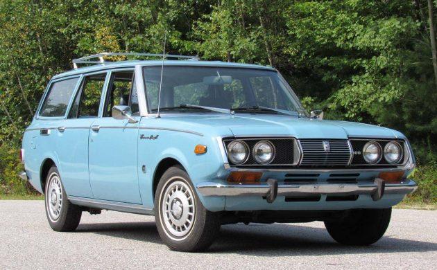 Highlander's Great Granddad: 1971 Toyota Corona Wagon