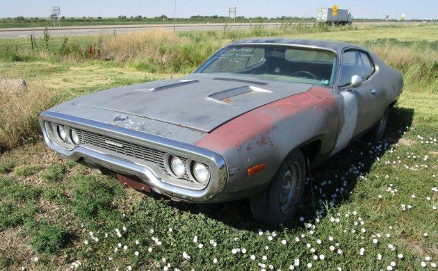 2nd Gen Beeper: 1972 Plymouth Road Runner