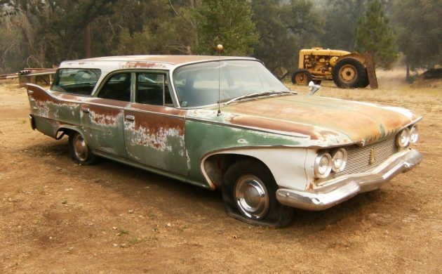 Fins For The Family: 1960 Plymouth Station Wagon