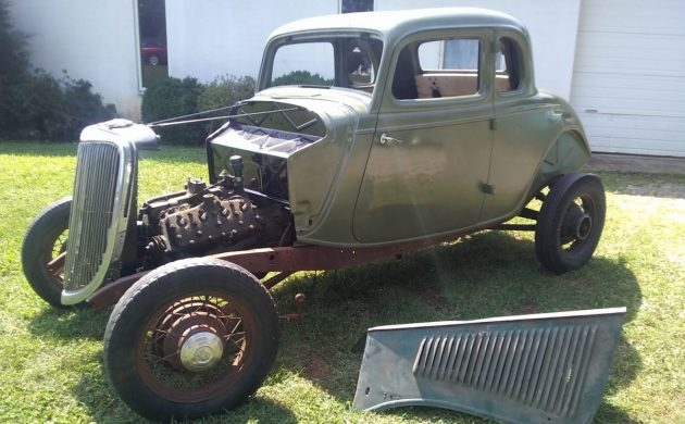 Five Window Puzzle: 1934 Ford Five Window Coupe