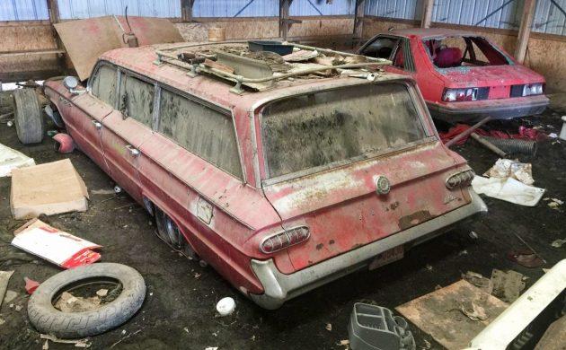 Special Duty Built: 1961 Buick LeSabre Estate Wagon