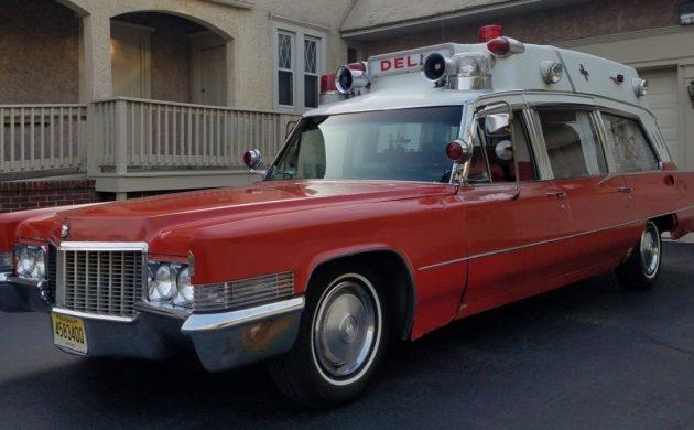 Reader Ad: 1970 Superior 54 Cadillac Ambulance