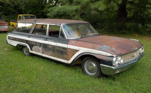Restomod 1962 Ford Galaxie Country Squire Wagon