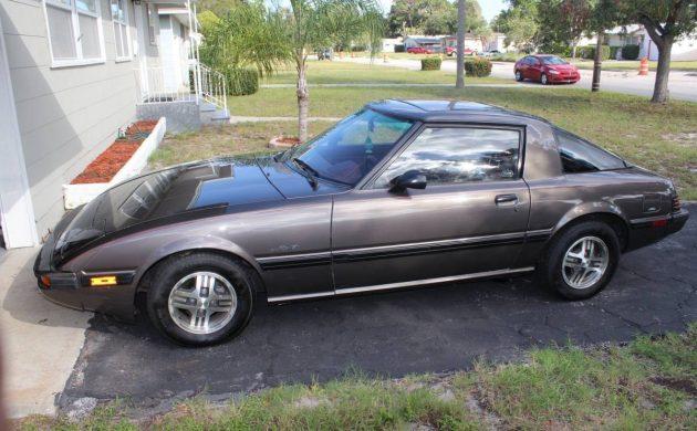 Low Mileage Mazda: 1985 Mazda RX7