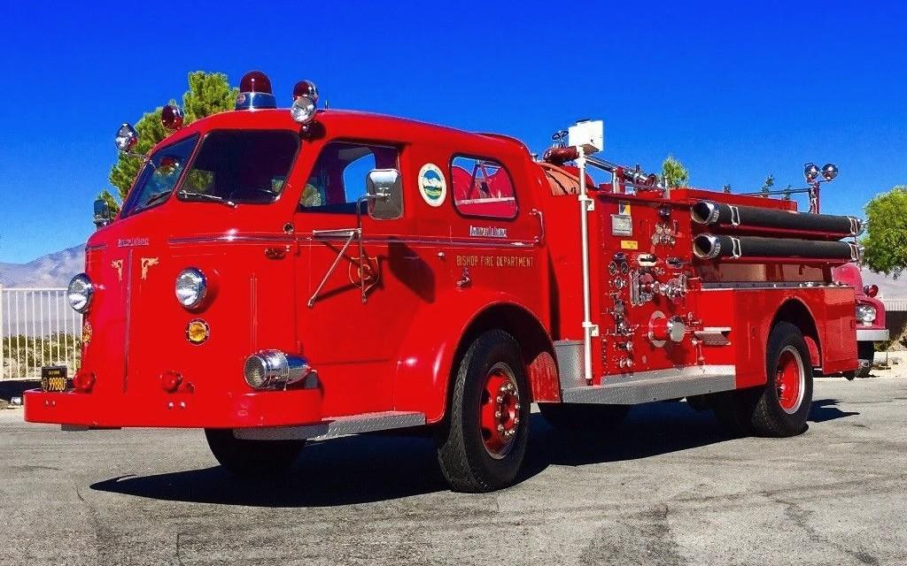 unrestored 1957 american lafrance fire truck