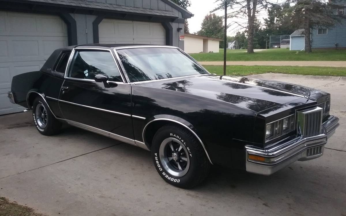 Easy Summer Miles 1978 Pontiac Grand Prix
