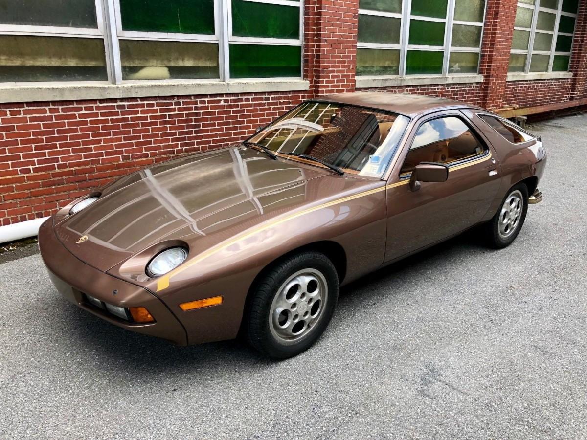 Original Paint 5 Speed 1978 Porsche 928