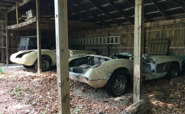 Barn Full: 1960 Corvette Projects + Parts