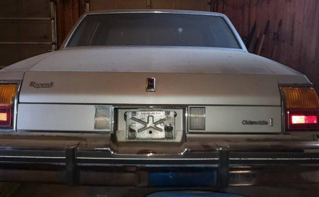 Grandma Car 1985 Oldsmobile Delta 88 Royale