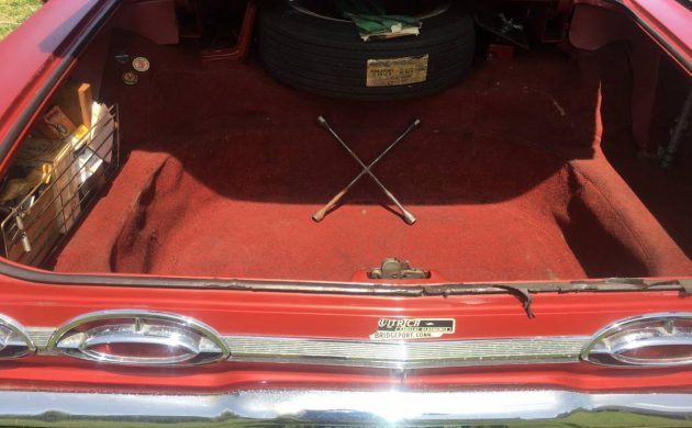 Early Personal Luxury: 1962 Oldsmobile Starfire