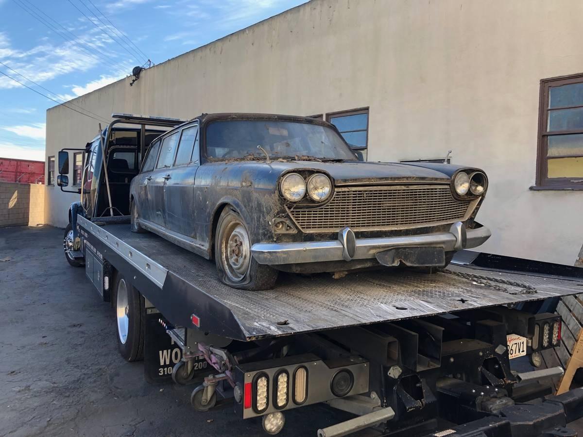 Free Limo! 1964 Austin 1800