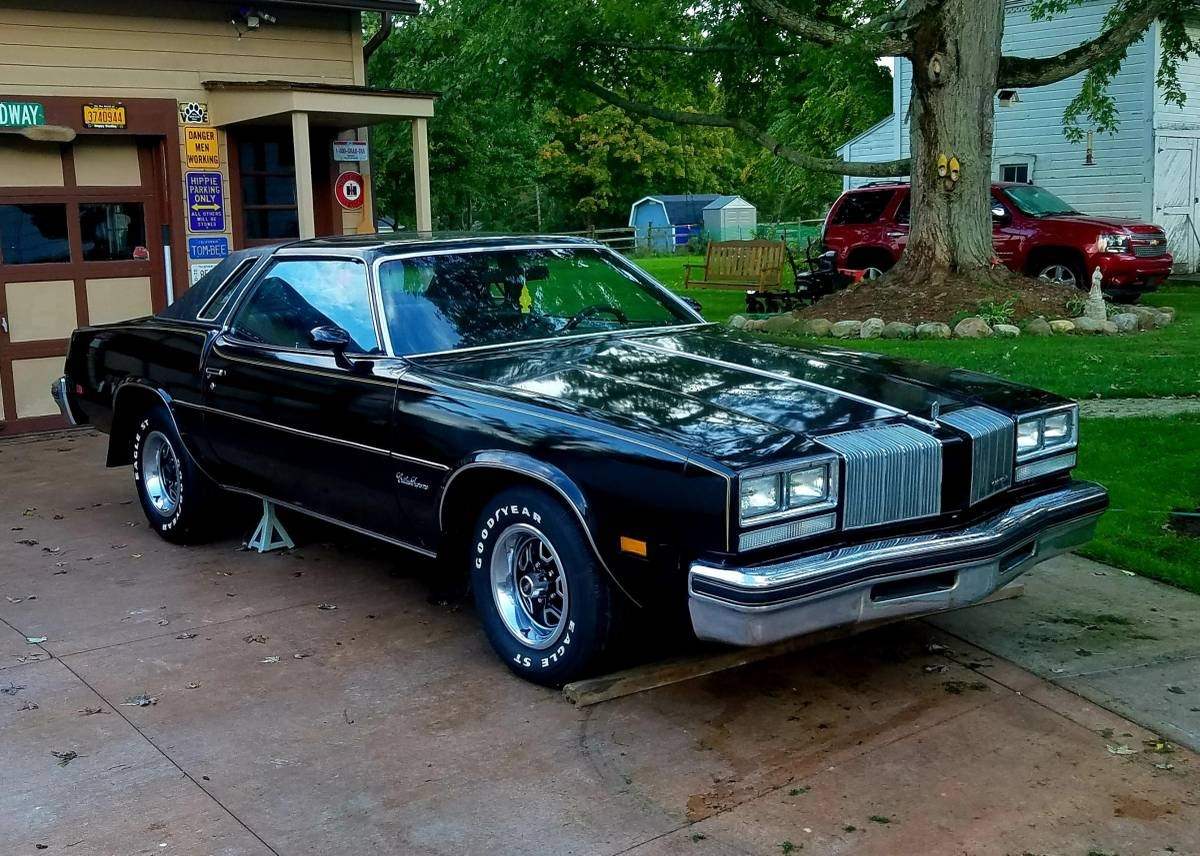 Sitting For 25 Years 1977 Oldsmobile Cutlass Supreme