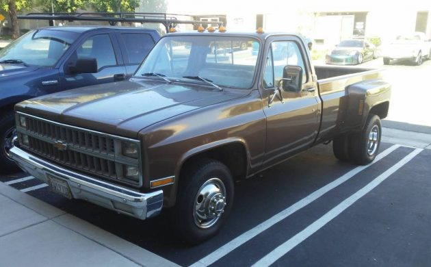 Strong Runner: 1981 Chevy C30 Dually
