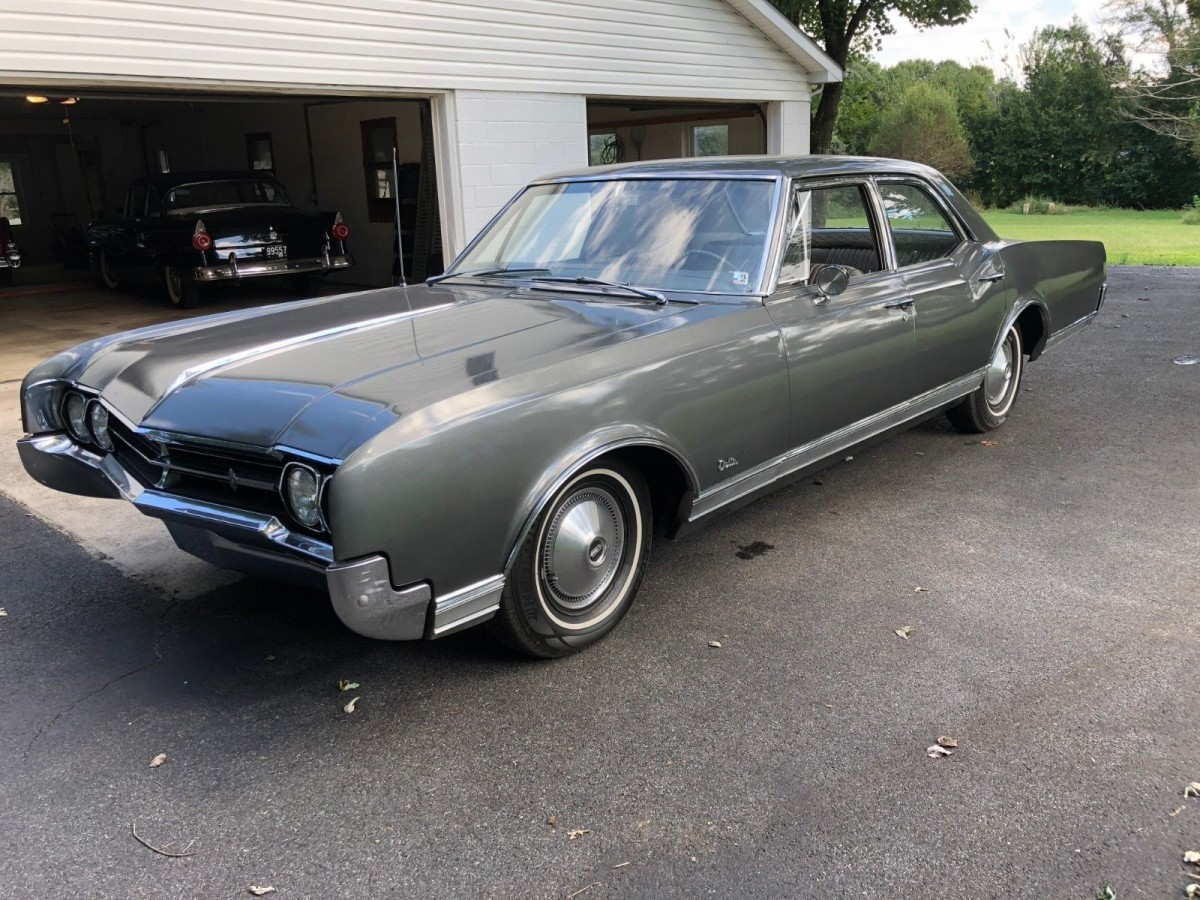 new paint  1966 oldsmobile delta 88