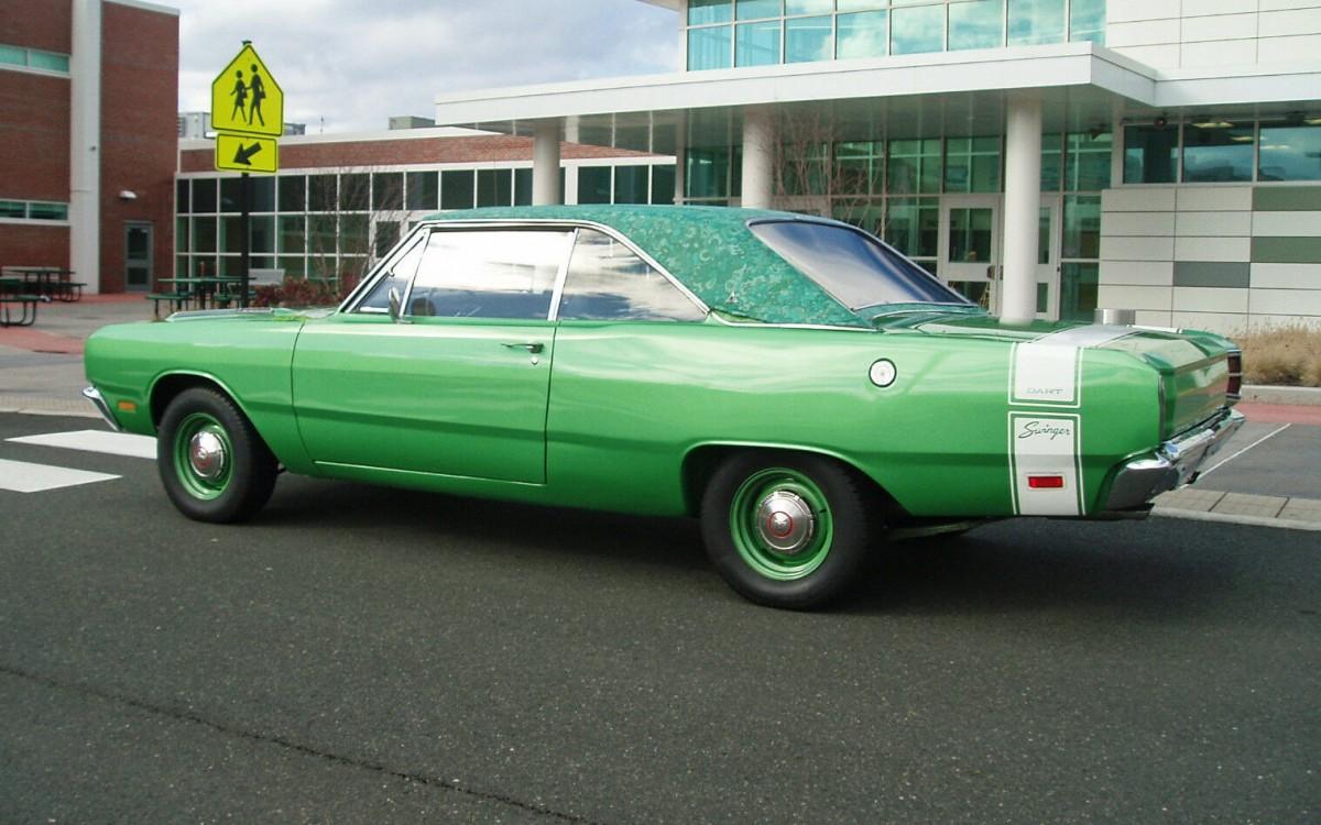 Rare Mod Top 1969 Dodge Dart Swinger