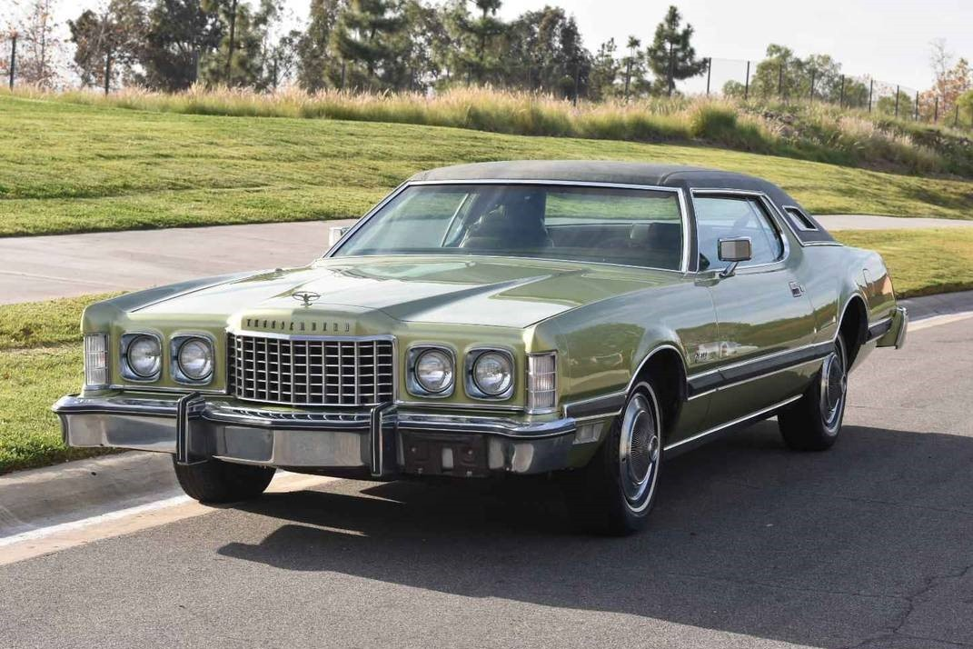 Car Paint Colors >> Clean And Green: 1975 Ford Thunderbird