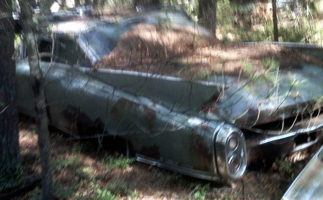 The Ghost of Rhode Island: 1960 Cadillac Eldorado - Barn Finds