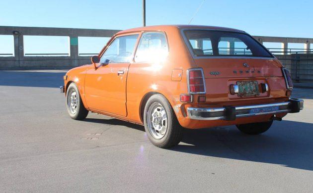 Georgia Peach: 1974 Honda Civic 1200