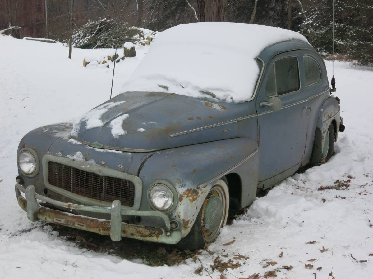 Snowy Swede: 1962 Volvo 544