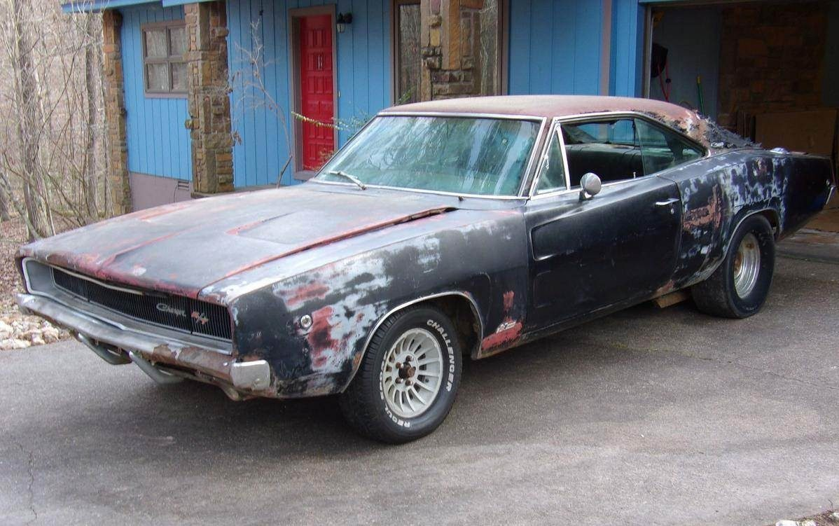 440 Hipo 4 Speed 1968 Dodge Charger Project
